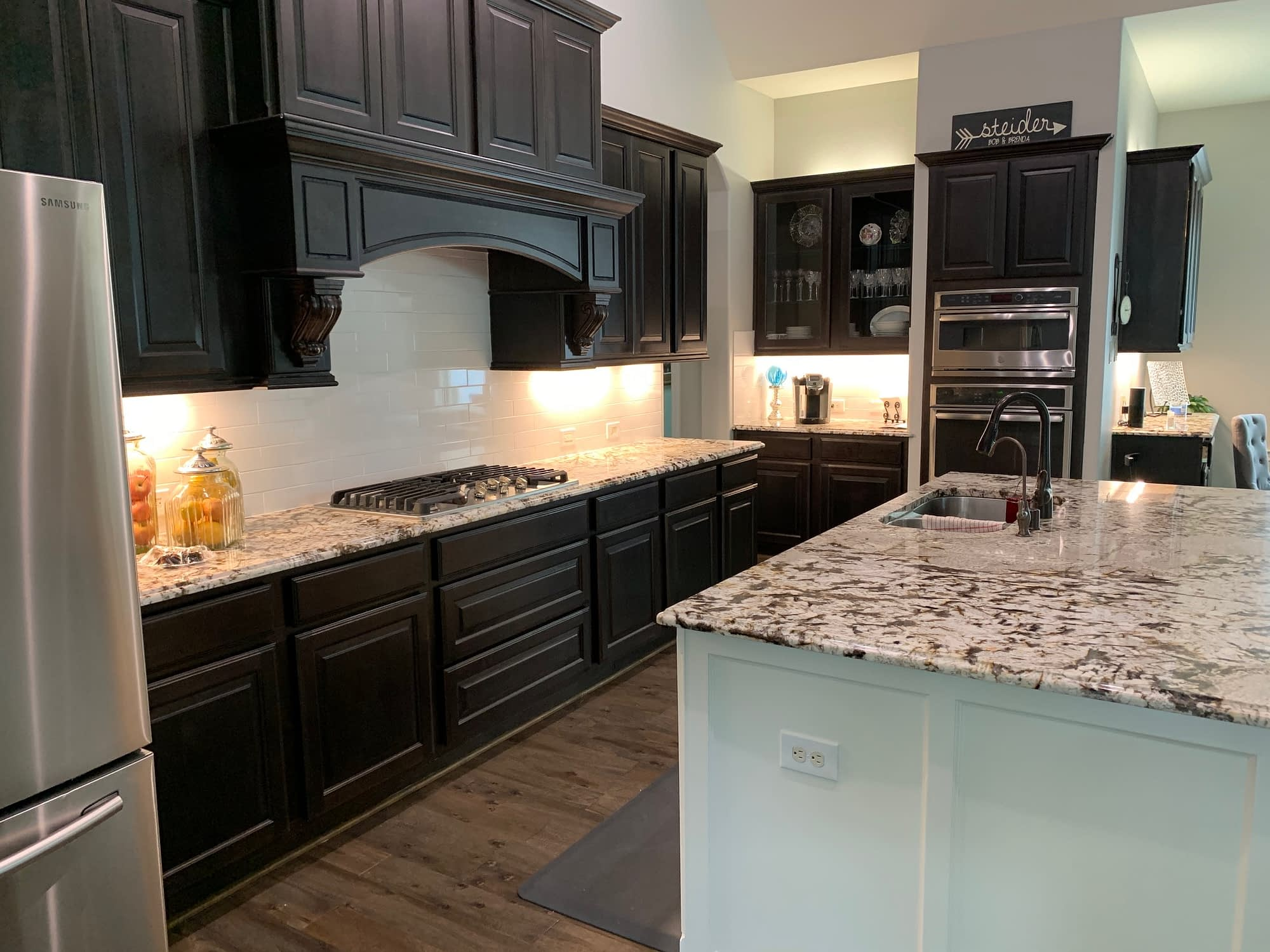 Lighting Fixtures around a Kitchen done by Xpress Lighting